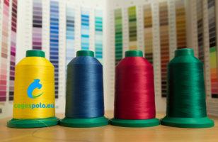 Színek - hogyan válasszuk ki a megfelelő ruházati alapanyagot céges hímzésre?