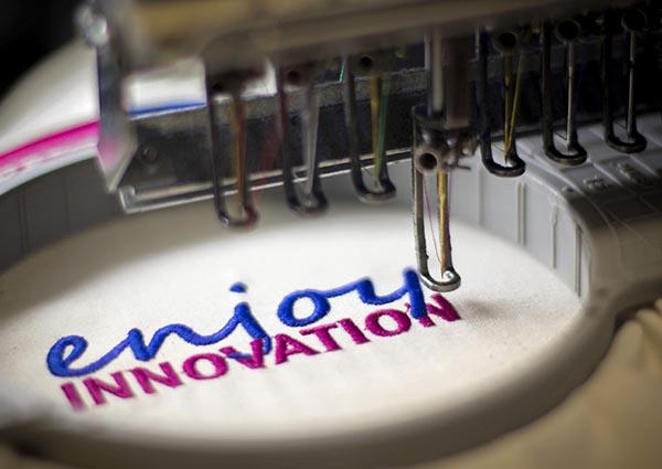 A legelegánsabb megoldás: gépi hímzés